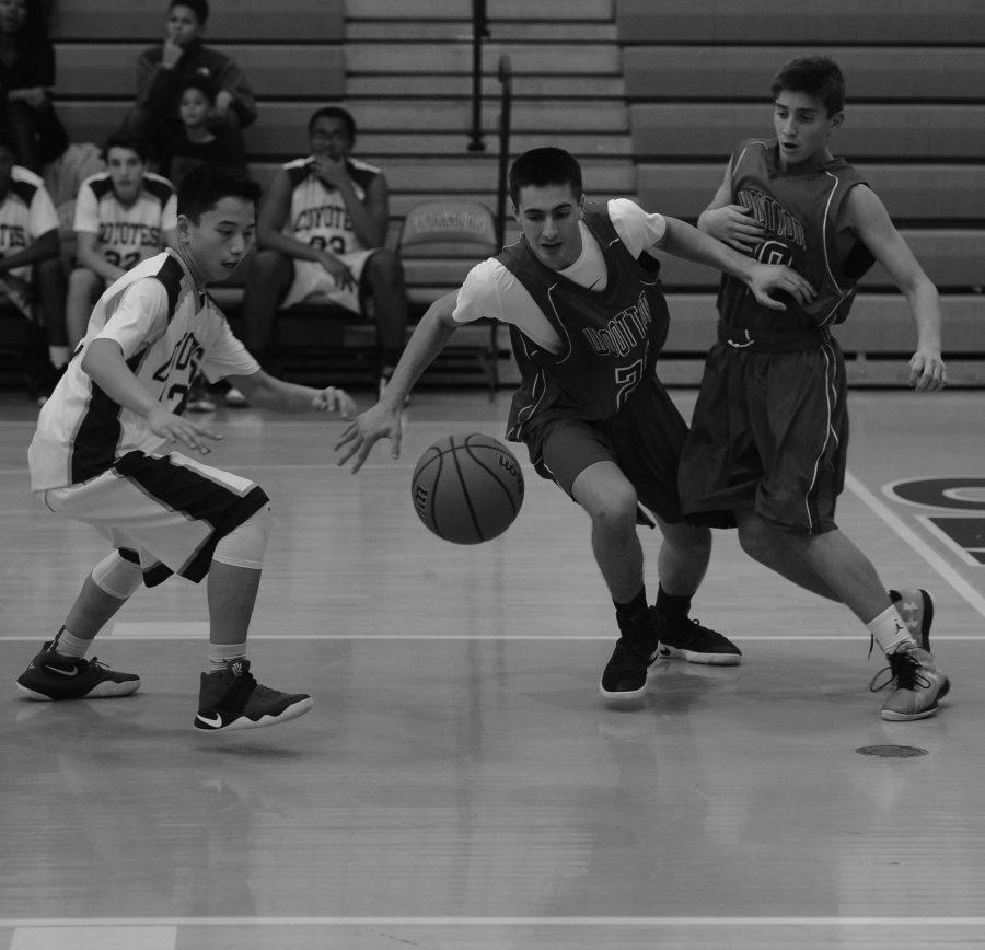 JV+Boys+Basketball%3A+%E2%80%98I%E2%80%99ve+fallen+and+I+can%E2%80%99t+get+up%E2%80%99%3A+ugly+season+ends+with+seven-game+losing+streak