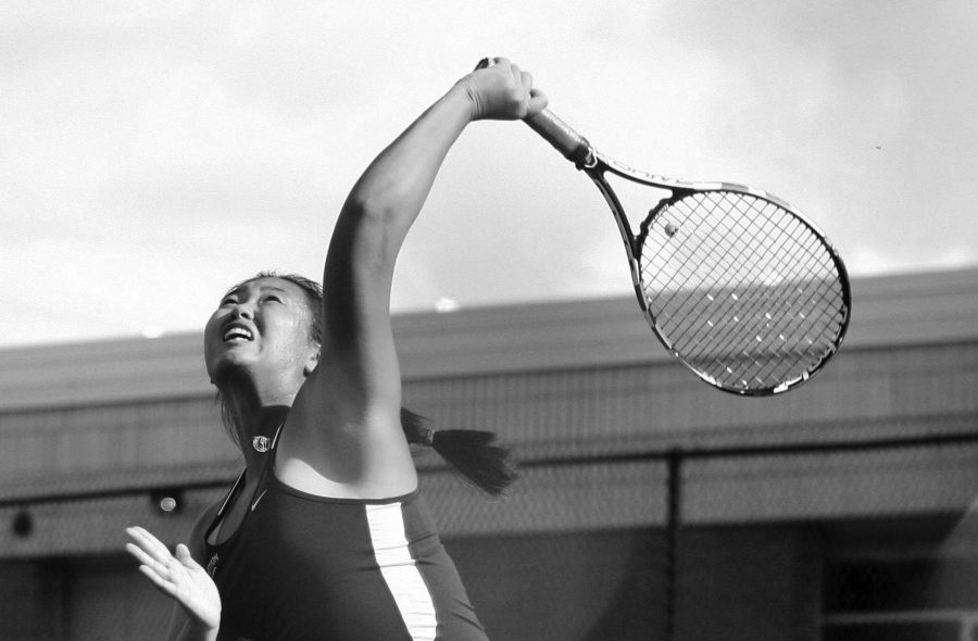 Deng%21++Senior+tennis+star+owns+three+state+championships