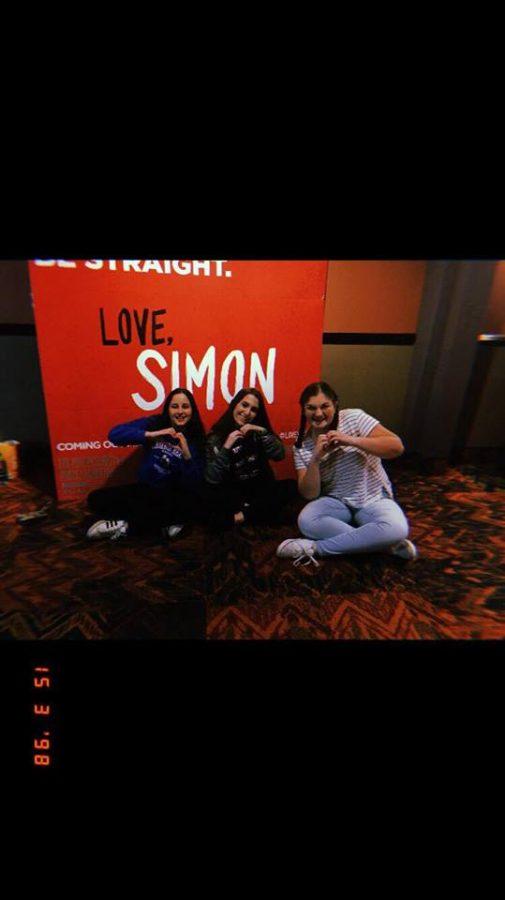 Love%2C+Simon+triumphs+in+theatres
