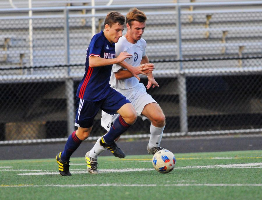 Goal by Yi crushes Panthers' lead;  helps secure tight win for boys' JV soccer