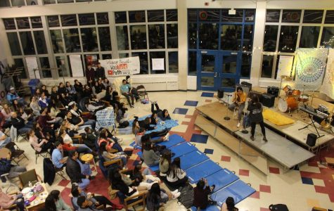 Here's the tea: Coffeehouse was night of music, food, beverages