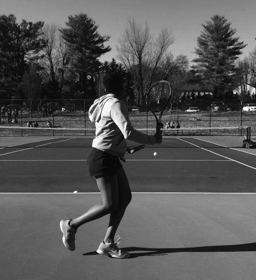 Girls tennis win their first match of season, seek to fulfill high expectations