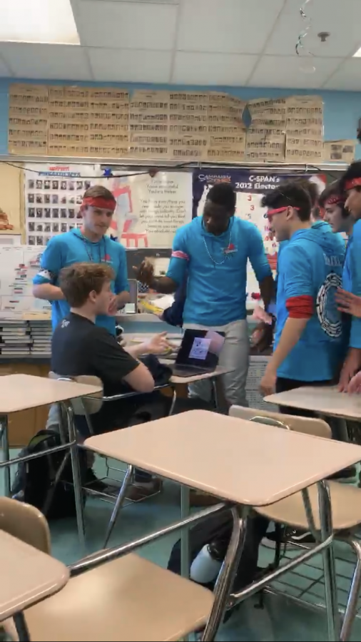 Online Exclusive: A cappella sings their way into students hearts