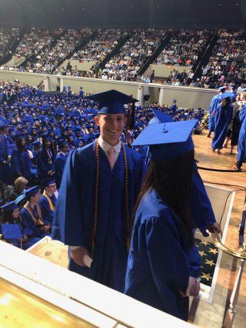 Students, staff discuss future of wearing regalia at graduation ceremony