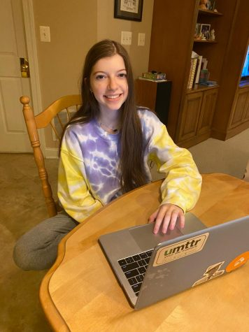 Senior Jillian Pohoryles safely shops online from her home.