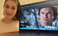 Freshman Lily King browses the Netflix homepage.