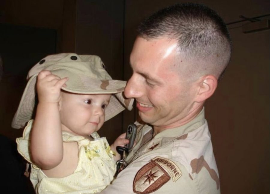 Junior+Anna+Keneally+reunited+with+her+dad+after+a+long+deployment+in+Iraq.
