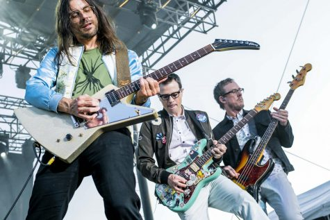 Weezer plays a live show.