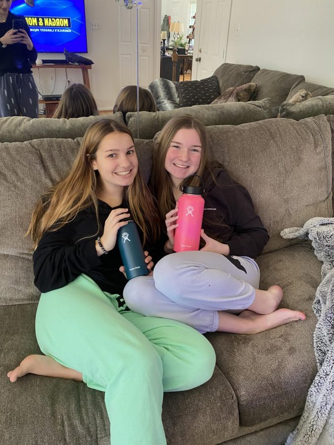 Sophomores Nikki Altman and Dani London have their Hydro Flasks with them throughout the day on Mar. 2.