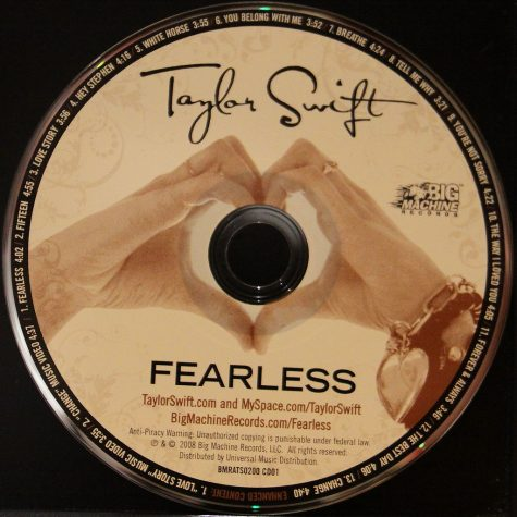 Taylor Swift is trying to stop people from buying the original Fearless album produced with Big Machine Records.
